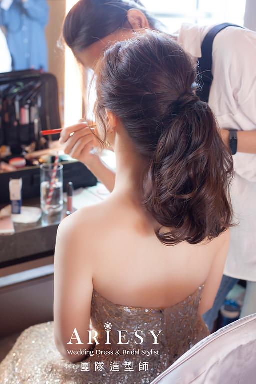 台北新祕,新娘秘書,新娘造型,新娘編髮,馬尾造型,自然清透妝感,新娘髮型,時尚名媛風,推薦新秘