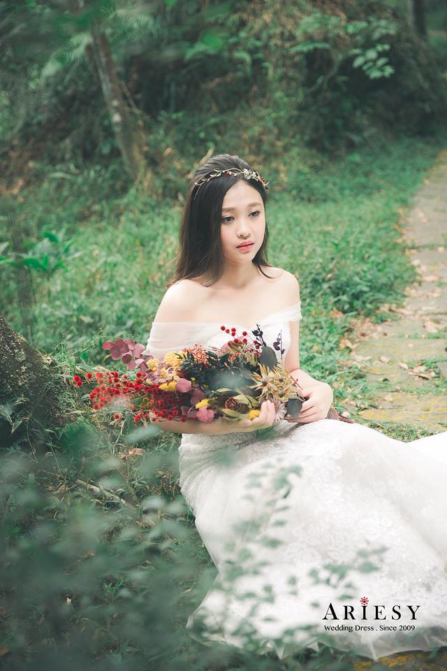 自主婚紗攝影|新莊首選白紗租借工作室/手工婚紗/縷空白紗
