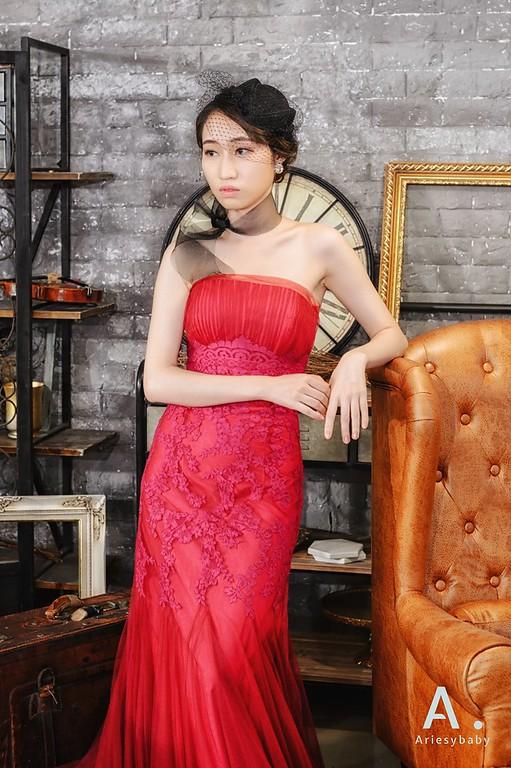 新娘髮型,復古新娘造型,紅色晚禮服造型,歐美復古風,自助婚紗造型
