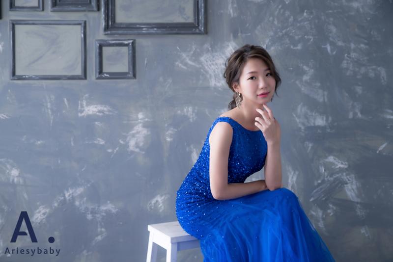 新娘秘書,韓風新娘造型,低馬尾髮型,蓬鬆編髮造型,Ariesybaby造型團隊