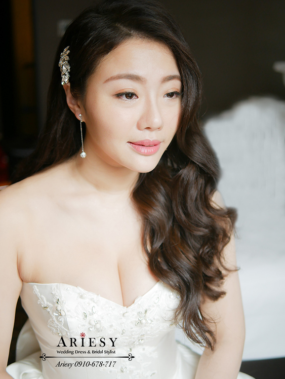 歐美新秘,細軟髮新娘,髮量少新娘,白紗造型,Ariesy,新娘自然妝感