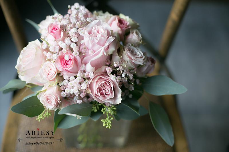 新娘送客小捧花,粉紅色捧花,公主風捧花,鮮花新秘,粉白色捧花