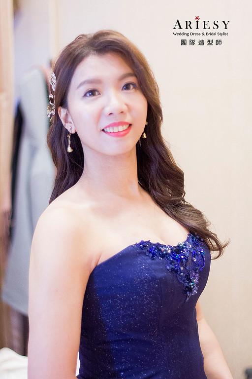 深藍色晚禮服造型,愛瑞思,debbie,明星妝感,台北新秘,新娘秘書,新秘推薦