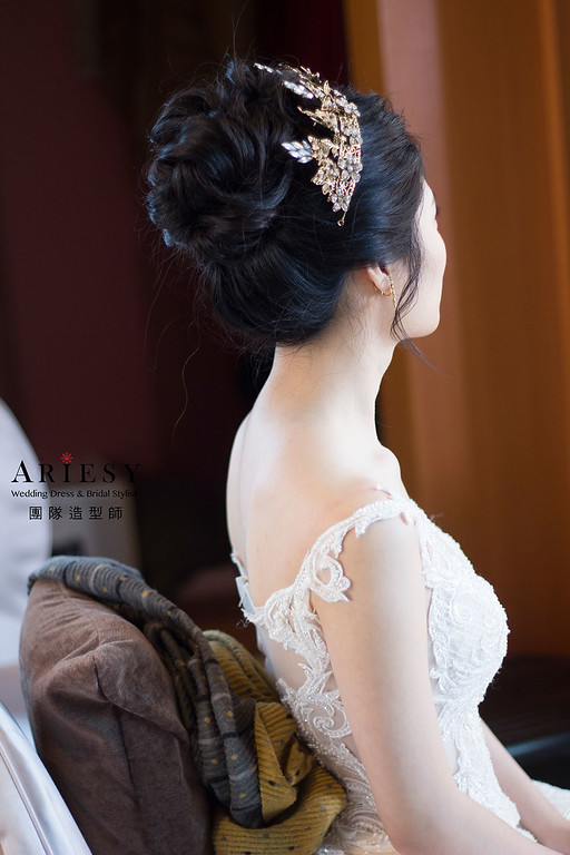 編髮新娘髮型,愛瑞思,debbie,台北新秘,新娘秘書,新秘推薦