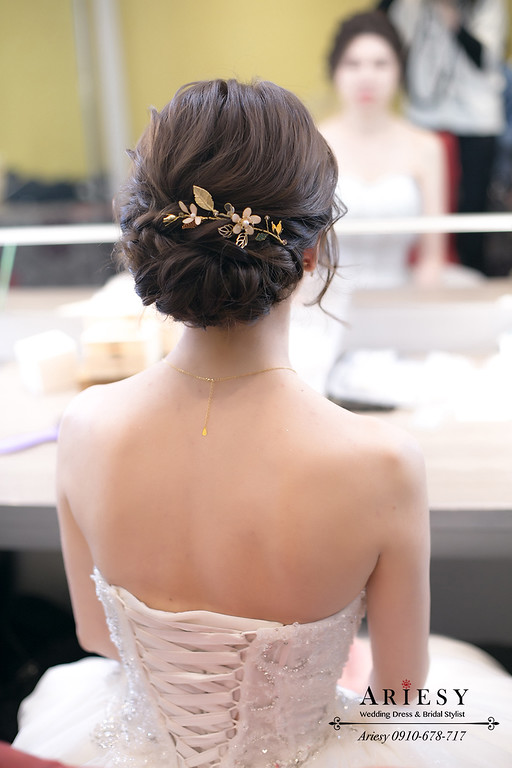 蓬鬆線條新娘造型,愛瑞思,ariesy,台北新秘,新娘秘書,新秘推薦