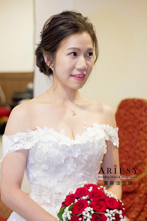 金門新娘秘書,新秘造型,自然清透妝感,戶外證婚造型,白紗造型