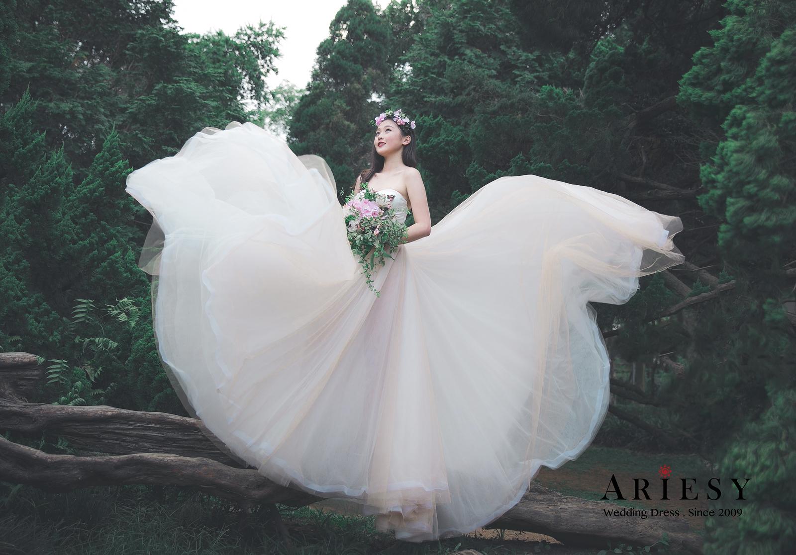 花卉婚紗,仙女白紗,陽明山婚紗,愛瑞思婚紗,夢幻白紗
