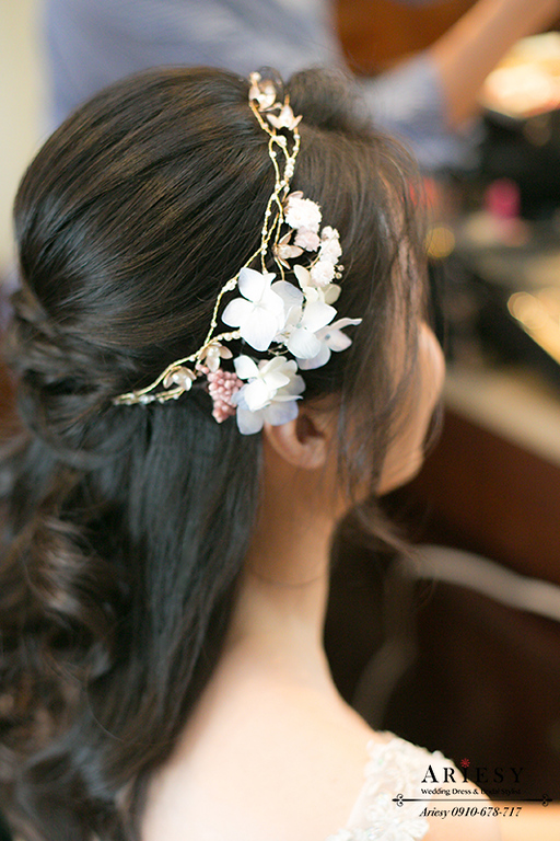 送客造型,新娘造型,新娘編髮,世貿33婚禮,新娘秘書,鮮花髮型