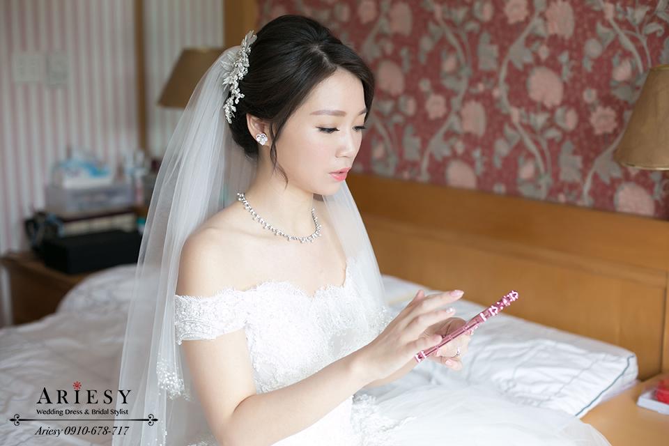 黑髮新娘髮型,自然輕透妝感,韓式新秘,韓風新娘造型,鮮花編髮