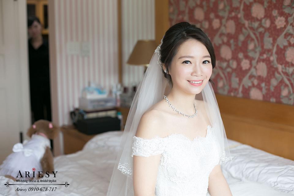 黑髮新娘髮型,自然輕透妝感,韓風新秘,韓式新娘造型,鮮花編髮