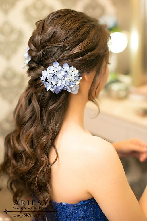 黑髮新娘髮型,自然輕透妝感,韓系新娘秘書,韓風新娘造型,鮮花編髮