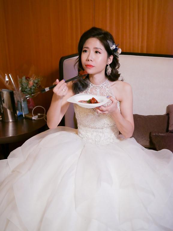 mega50鼎鼎婚宴會館,白紗造型,名媛造型,歐美新娘造型,新娘捧花,ARIESY新秘,愛瑞思