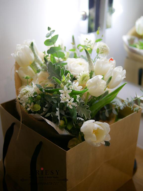 馬尾造型,戶外婚禮,鮮花造型,新娘捧花,ariesy,顏氏牧場