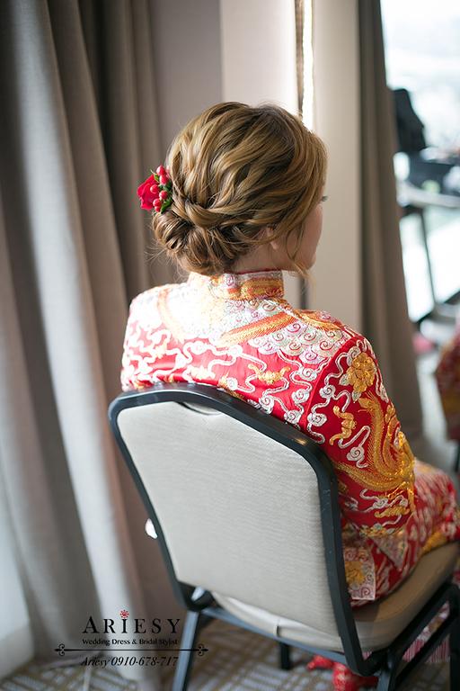龍鳳褂,香港造型師,香港台灣婚禮,香港化妝師,中式造型,香港搶親儀式