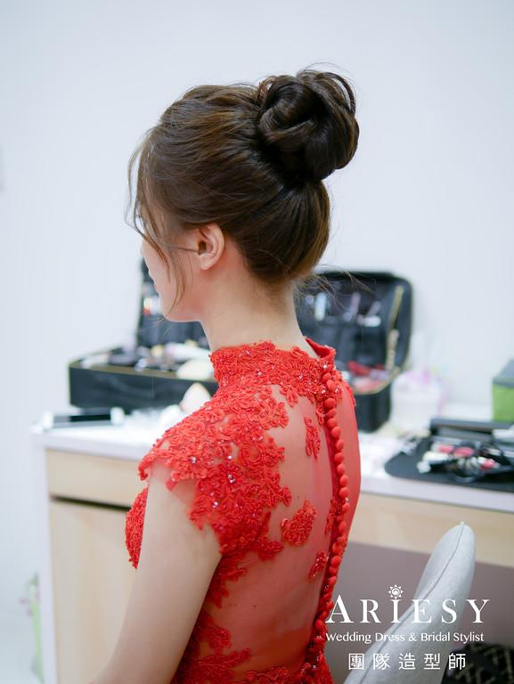 文定髮型,旗袍造型,新娘花藝造型,台北新秘,新秘花藝