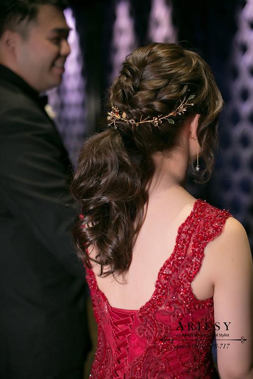 時尚新娘髮型,編髮新娘秘書,紅色敬酒造型,新秘手工飾品,愛瑞思,ARIESY