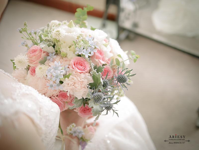 新娘捧花,粉紅色捧花,繽紛捧花,鮮花新秘,日式捧花