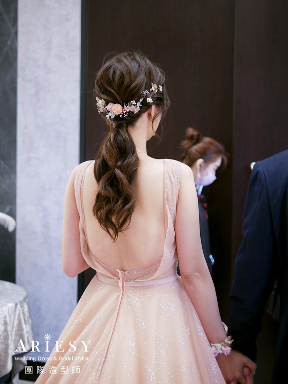 敬酒髮型,馬尾造型,新秘,新娘花藝造型,新秘花藝
