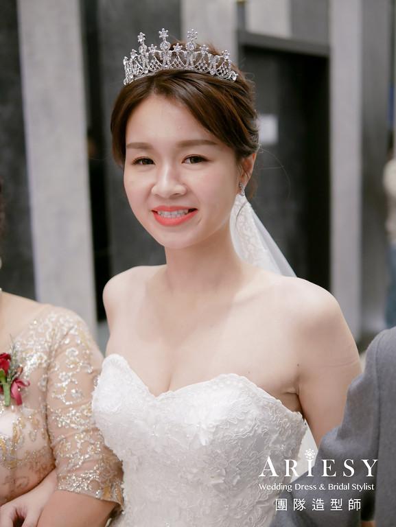 進場髮型,新娘白紗造型,新娘皇冠造型,編髮造型,自然新娘妝