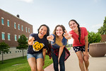 16541-Students on campus-6065