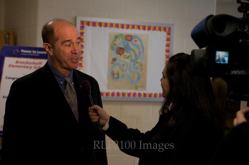 Congressman John Hall Visits an Elementary School