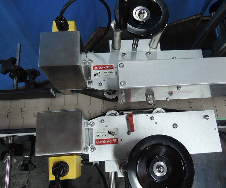 Spring Loaded Belts Alignment - For Small Oval Products