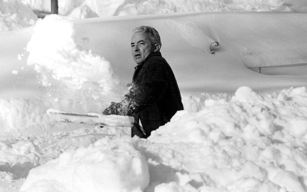 . DEC 30 1982, DEC 31 1982  Attempting 6 make room for his two cars along the street, Ed Morrell 1060 Steele St, throws piles of snow in a large heap along the curb.  Credit: The Denver Post