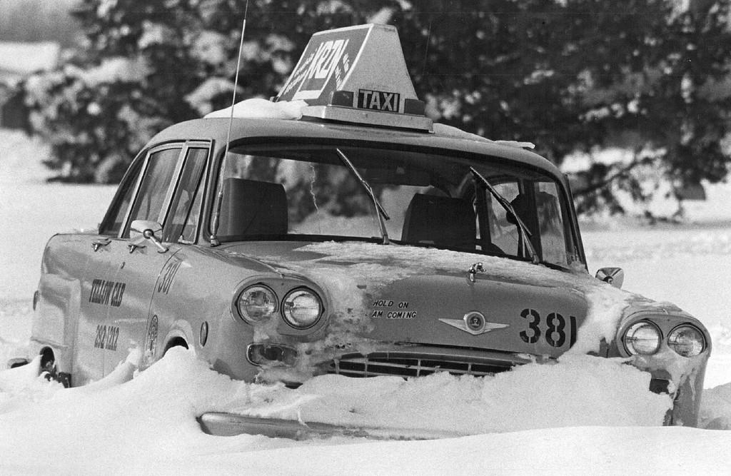 . DEC 28 1982, DEC 29 1982  Snow & Snowstorms - Denver  Credit: The Denver Post