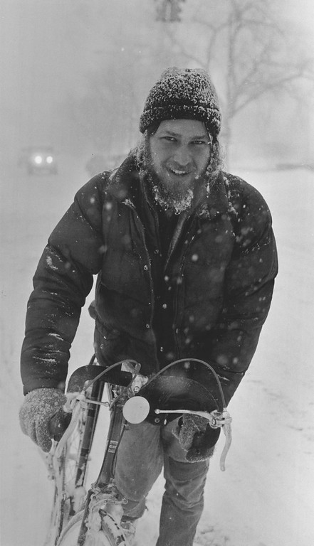 . DEC 1982  Dan Nagy heads for work at the Campus Lounge w/ his bike. He was riding down Speer Blvd near Lincoln  Credit: The Denver Post