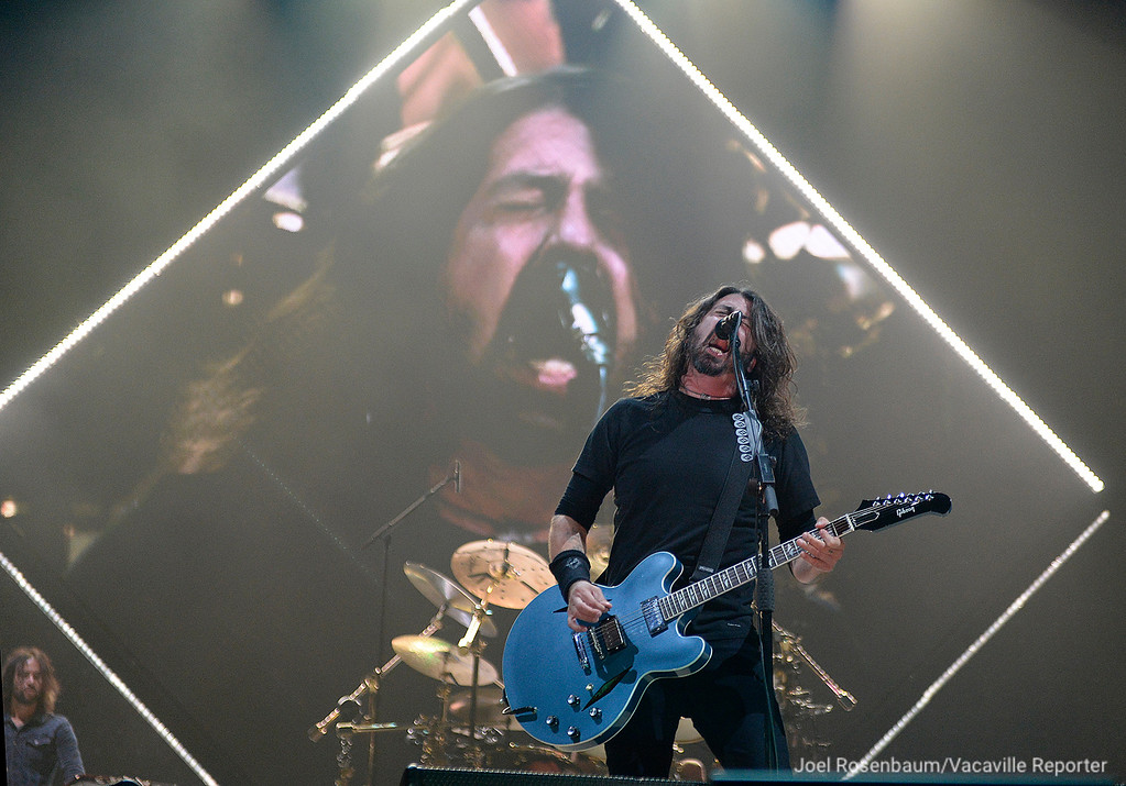 . Dave Grohl, leads his band, Foo Fighters, through their opening number, �Run� from their new album. Concrete and Gold Saturday night during their sold-out tour stop at the Golden 1 Center in Sacramento. Joel Rosenbaum -- The Reporter