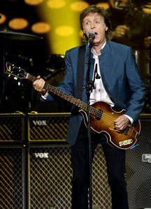 VAC-L-Paul McCartney-1006-006