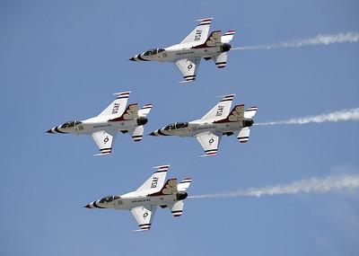 VAC-L-Thunderbirds/Make A Wish-0506-014