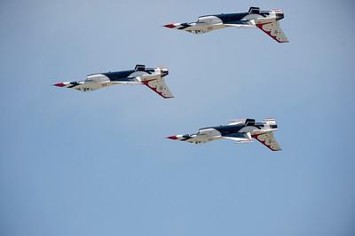 VAC-L-Thunderbirds/Make A Wish-0506-010