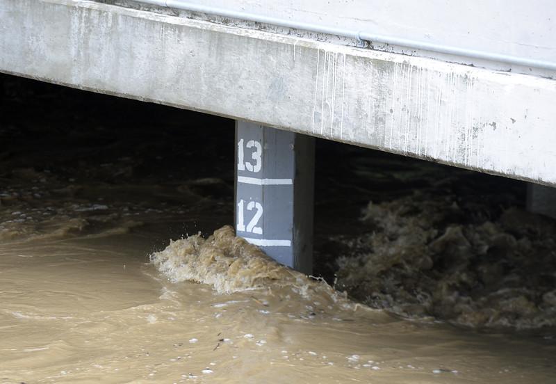 VAC-L-Tuesday Flooding-0208-003