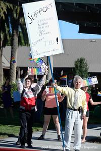VAC-L-Hickman Protest-0712-007