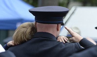VAC-L-Peace Officer's Memorial-0518-006