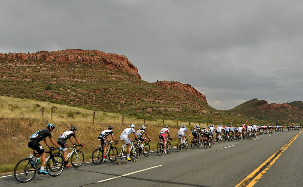 . Cyclists are heading to Horsetooth Reservoir during the 115.2 mile 6th stage of 2013 USA Pro Challenge race from Loveland to Fort Collins, Colorado. August 24, 2013. (Photo by Hyoung Chang/The Denver Post)