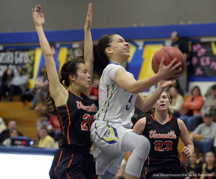 VAC-L-Vaca-Wood Girls Basketball-0127