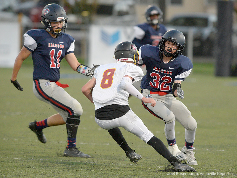 VAC-L-VCS Football vs Foresthill-0908-005