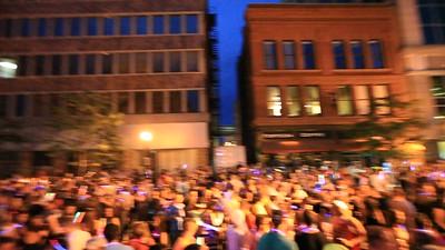 good crowd shot