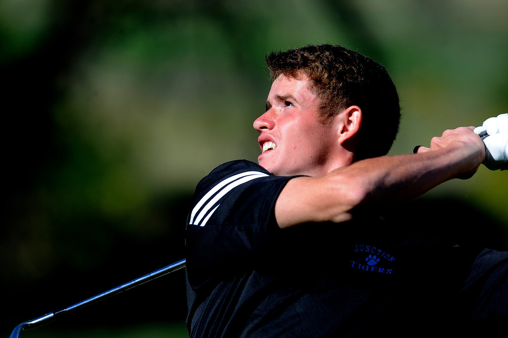 . AURORA, CO: Oct. 1, 2013  Donny Kinnaman takes a swing during the final round of the 5A state golf tournament at Murphy Creek Golf Course in Aurora, CO on Oct. 1, 2013.   (Photo By Erin Hull/The Denver Post)