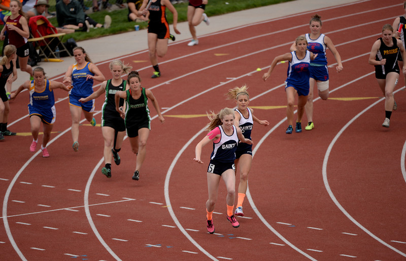 . Athletes are in action during 1A girls 4 x 100 Relay during Colorado High school state track and field meet at Jeffco Stadium. Lakewood, Colorado. May 17. 2014. (Photo by Hyoung Chang/The Denver Post)