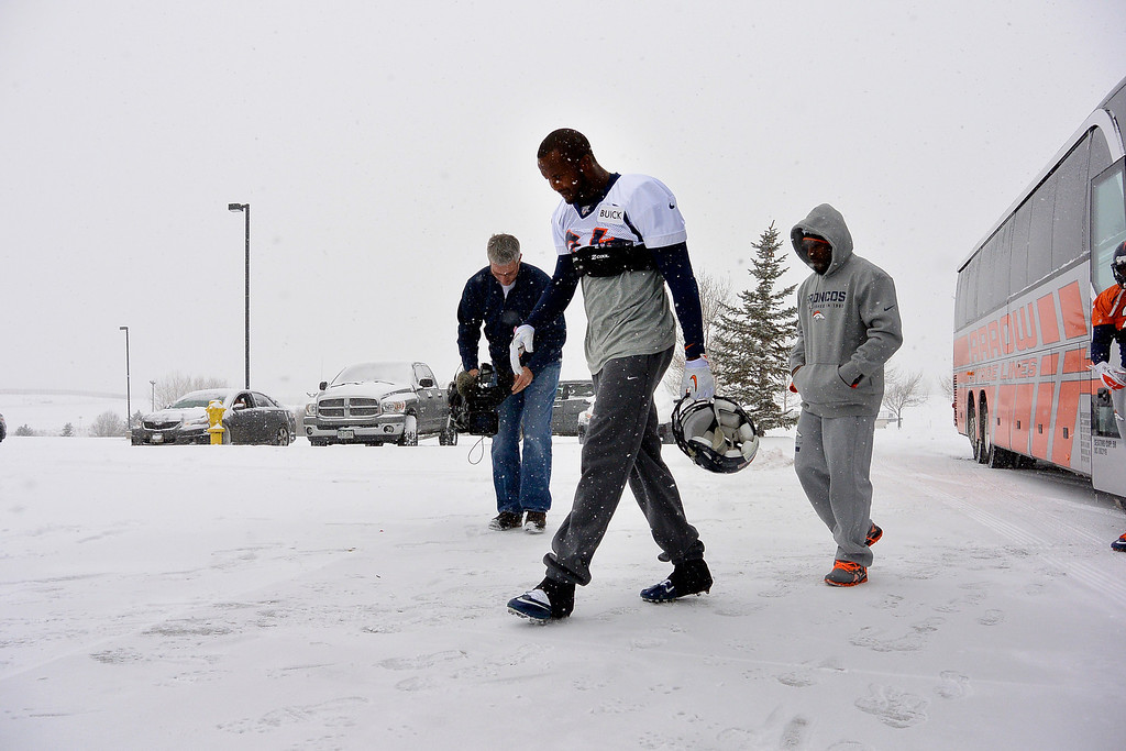 . ENGLEWOOD, CO - DECEMBER 4: Denver Broncos cornerback Champ Bailey (24) heads to the bubble for practice November 4, 2013 at Dove Valley (Photo by John Leyba/The Denver Post)