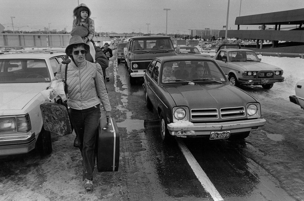 . People trying to make their way to the airport after the Blizzard of \'82. Denver Post Library Archive