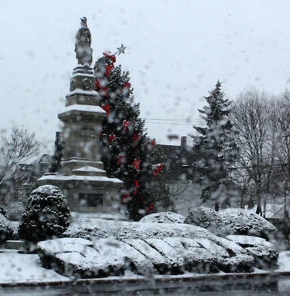 Saugus011718-Owen-Snow1