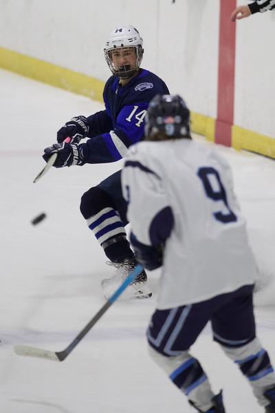 SwampscottPeabodyboyshockey1022-Falcigno-05