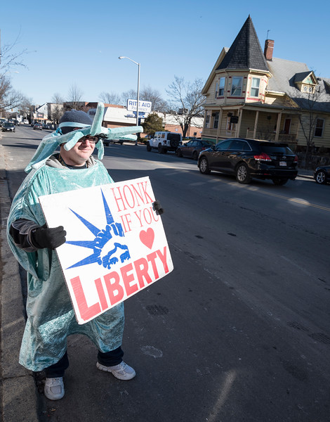 Lynn Liberty Tax signholder 1