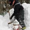 Lynn010818-Owen-firefighters shovel-hydrants4