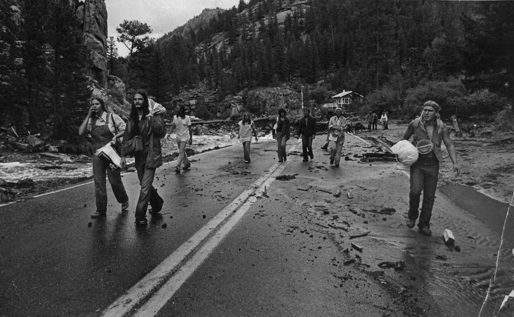 . AUG 1 1976 - Big Thompson River Canyon flood. (Ernie Leyba/ The Denver Post)