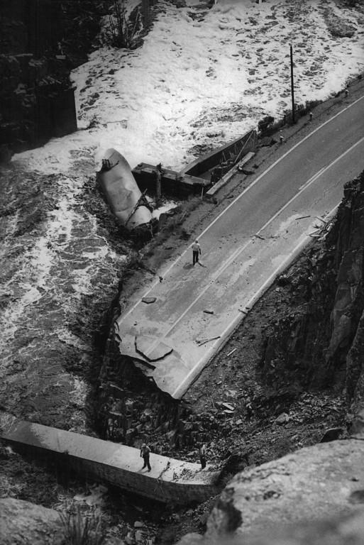 . 1976 AUG 2 - U.S. 34 during the Big Thompson River Canyon flood. (David Cupp/ The Denver Post)